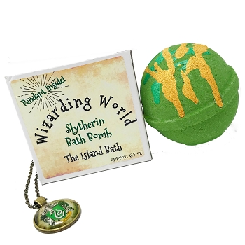 Slytherin Bath Bomb Gift Box with Slytherin Pendant