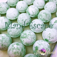 Island Escape Bath Bomb