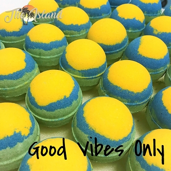 Good Vibes Only Bath Bomb