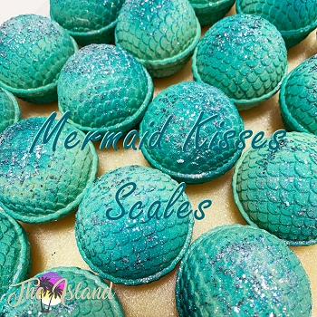 Mermaid Kisses Scales Bath Bombs