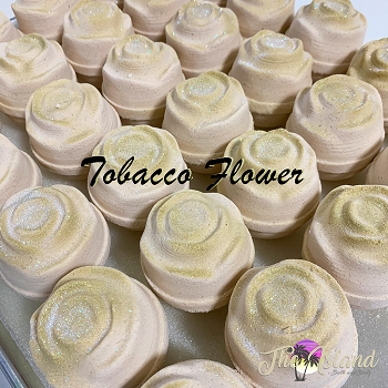 Tobacco Flower 5.5 oz Flower Bath Bomb
