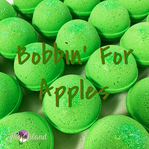 Bobbin' For Apples 5.5 oz Bath Bomb