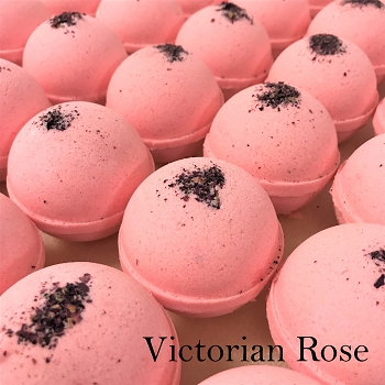 Victorian Rose 4.5 oz Bath Bombs